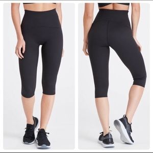 SPANX | Black Booty Boost Active Knee Legging 12